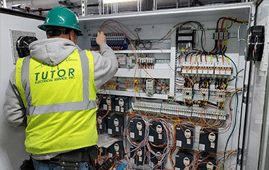 Licensed Electricians in Midlothian, TX