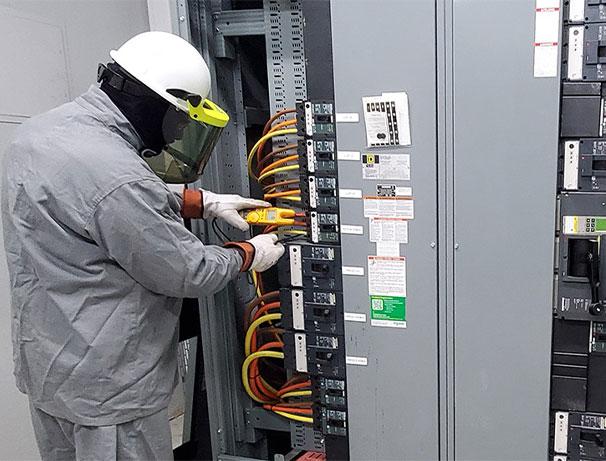 Licensed Electrician in Grand Prairie, Arlington TX, Midlothian